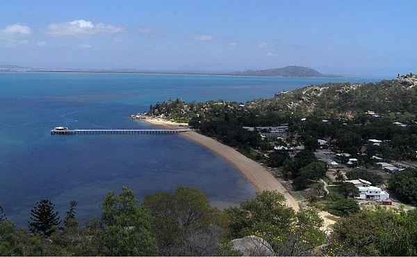 Hanging Rock Picnic Bay Magnetic Island
